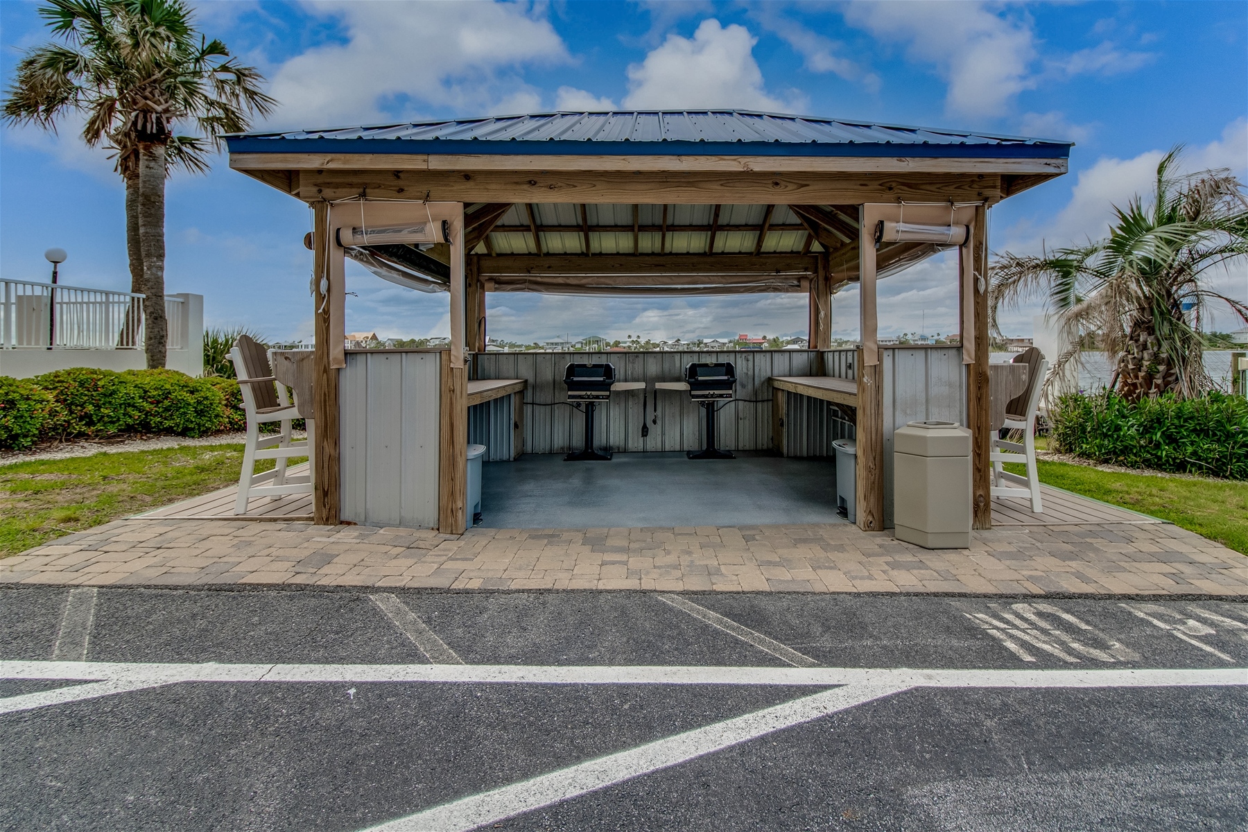 SeaSpray BBQ Grill area with two grills